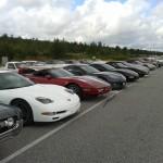 7-8 bilar från klubben.